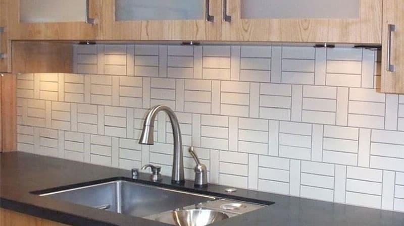 кухонные обои белая гамма 8