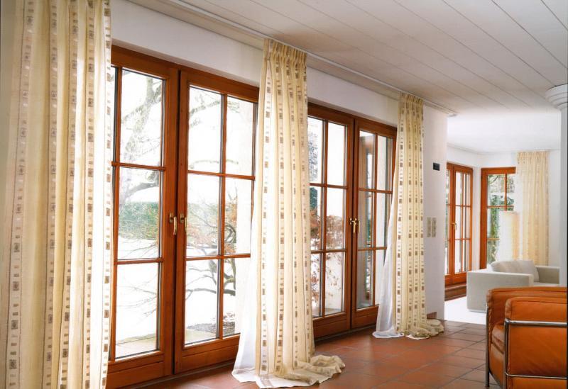 Шторы для гостиной с балконом 3