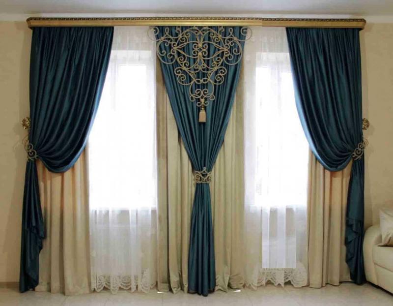 Шторы для гостиной с двумя окнами 3