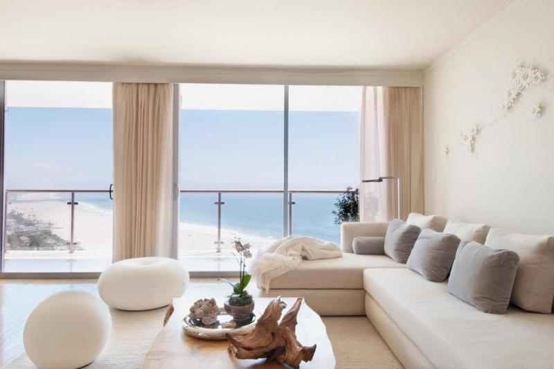 Шторы для гостиной в стиле минимализм 1
