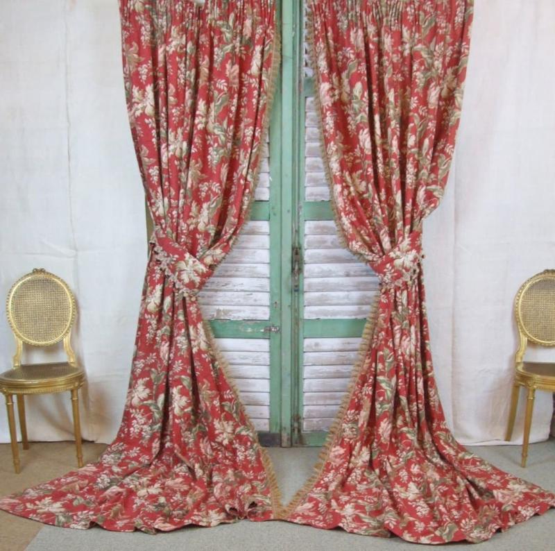 Винтажные шторы в гостиной 3
