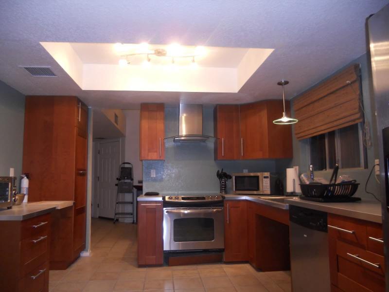 Потолок из гипсокартона для кухни 7