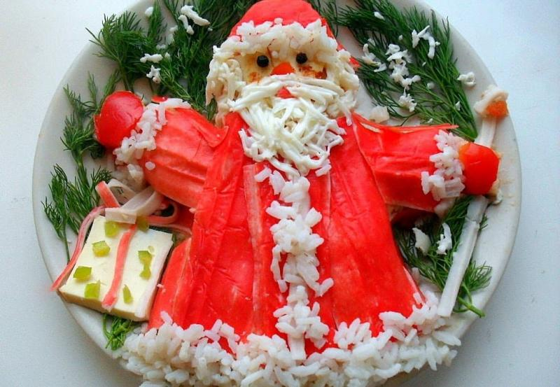 Новогодний салат Дед Мороз 3