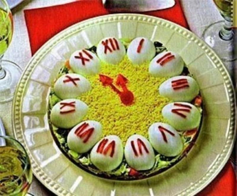 Новогодний салат Куранты