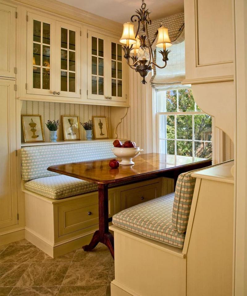 Деревянная скамейка на кухне 5