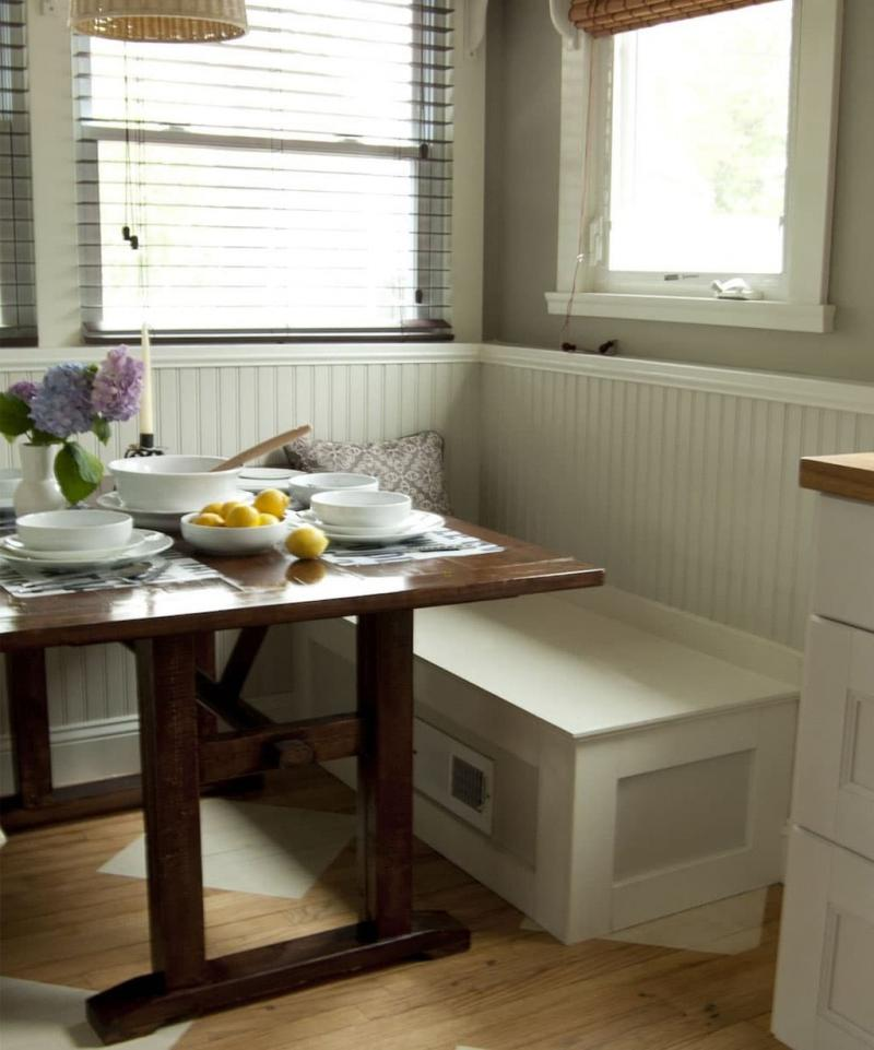 Деревянная скамейка на кухне 8