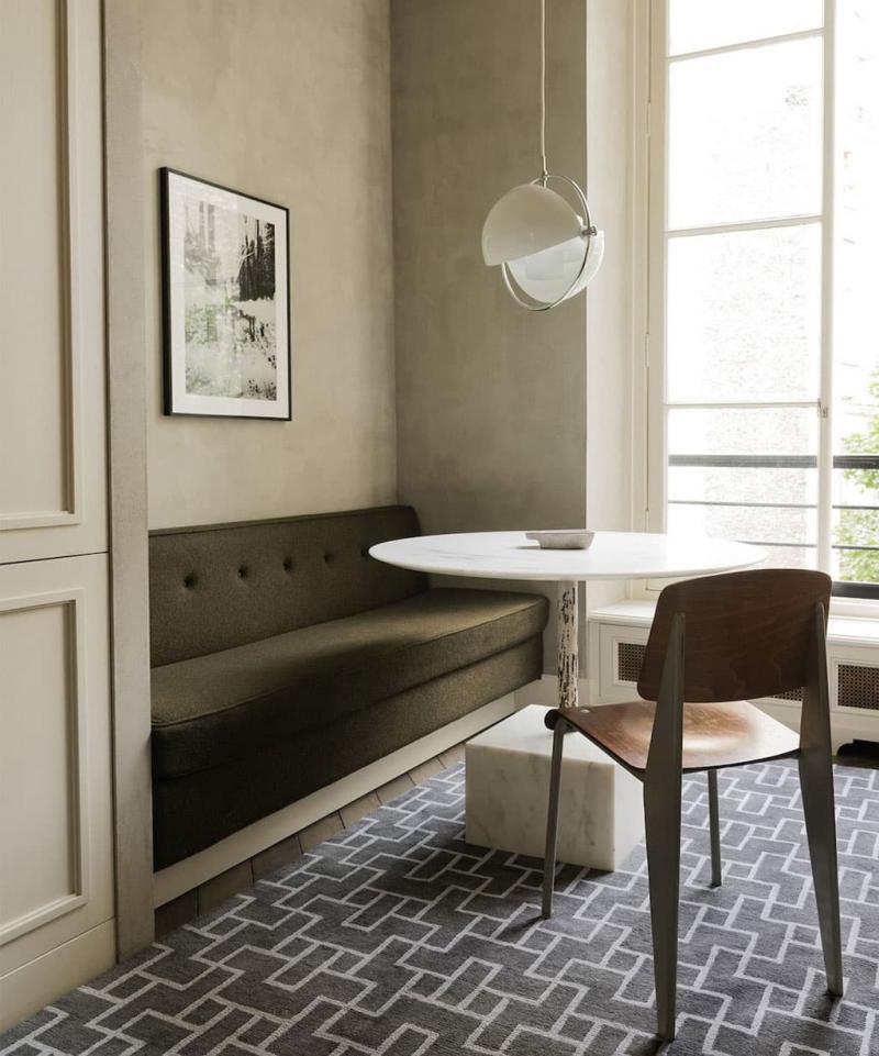 Деревянная скамейка на кухне 9