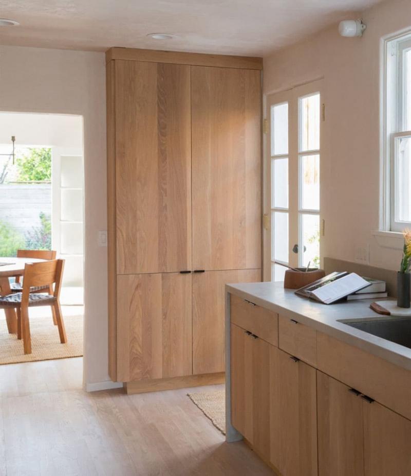 Кухня с древесными фасадами 1