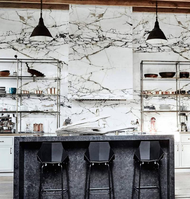 Мрамор в интерьере кухни 2018 2