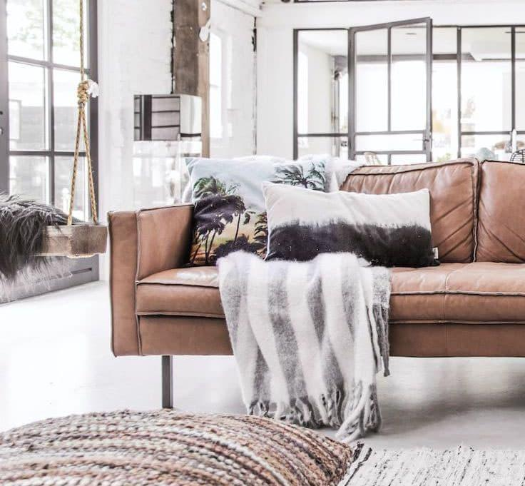 Кожаная обивка мебели 2
