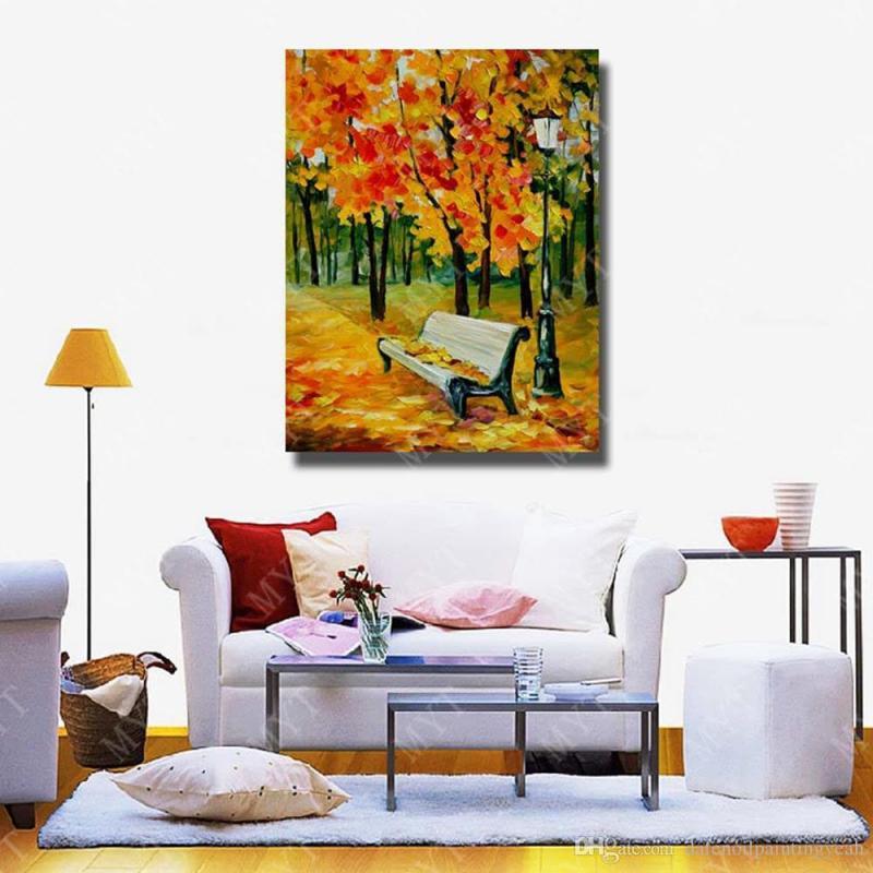 Картины на стене гостиной 2