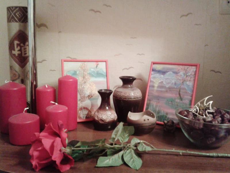 Мини-коллекция в интерьере гостиной