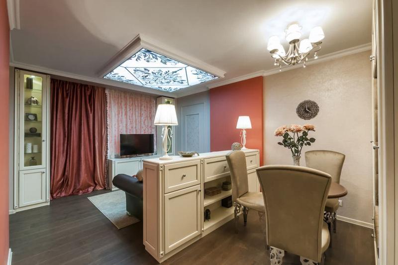 Светильники в интерьер гостиной 1