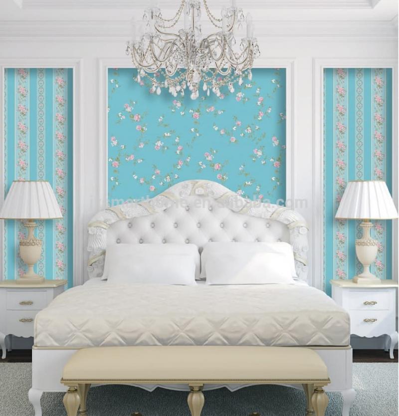 Комбинированные обои в интерьере спальни 1