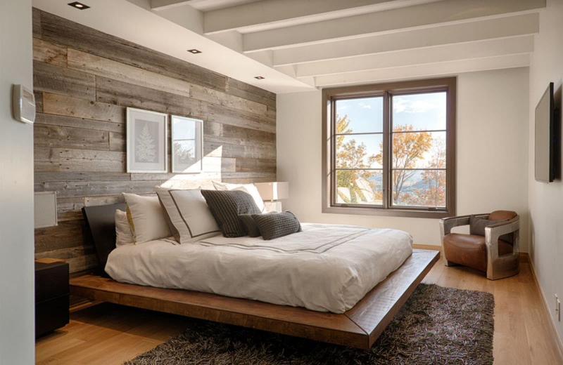 Акцентная стена в спальне из дерева 7