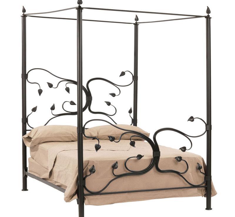 Кованная кровать в интерьере 10