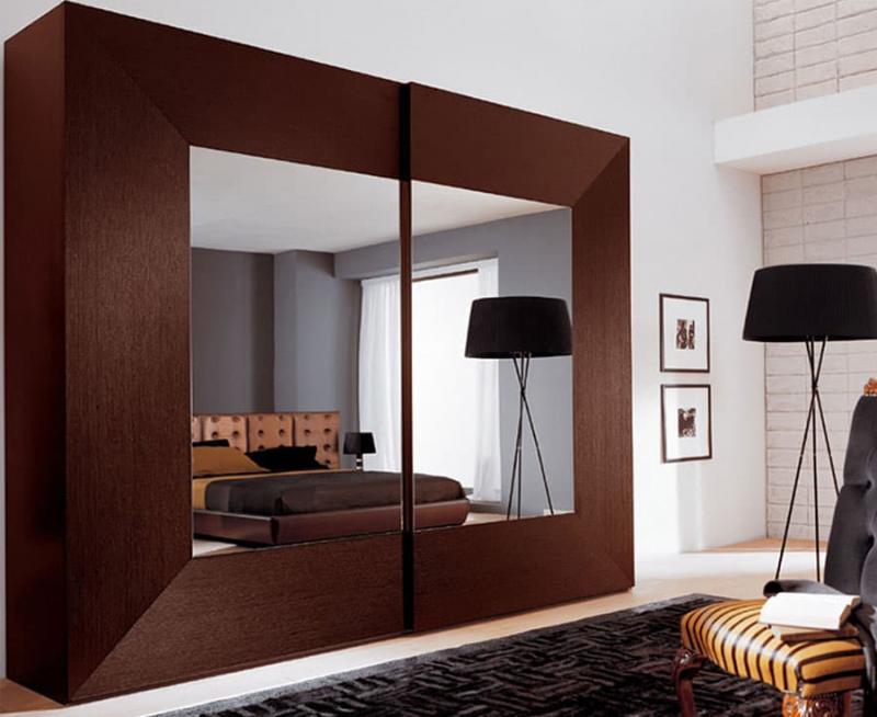 Встроенные шкаф с арт-фасадами 2