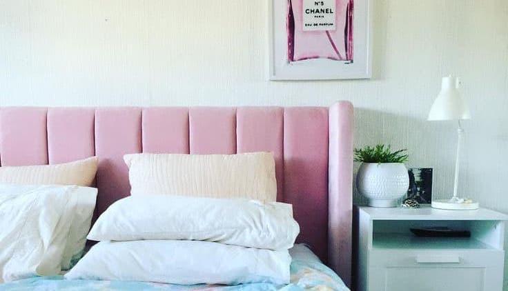 Яркое и мягкое изголовье кровати 7