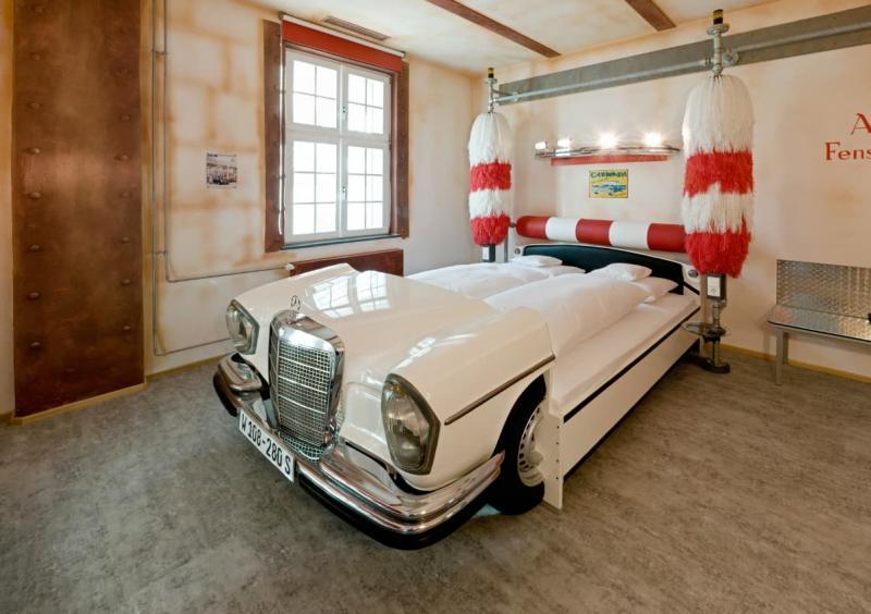 Кровать для автолюбитля 2