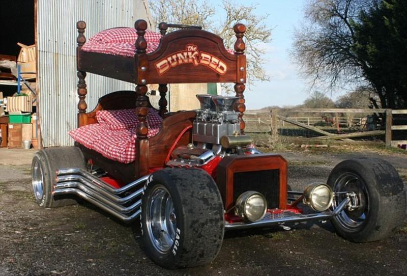 Кровать из старого автомобиля 4