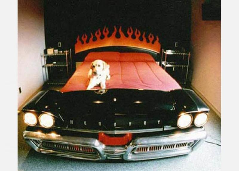Кровать из старого автомобиля 6