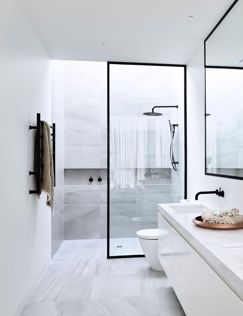 Открытый душ в ванной комнате 5
