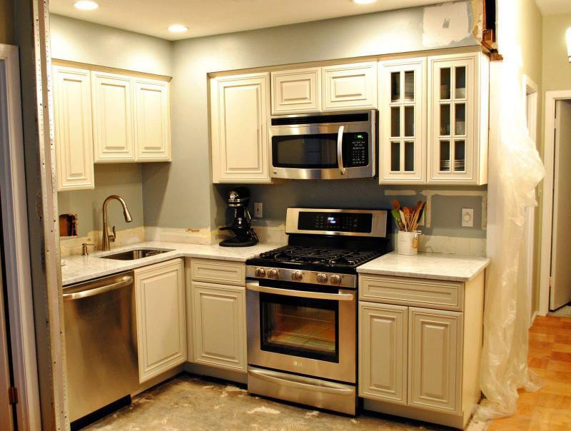 Фурнитура для маленького кухонного гарнитура 2