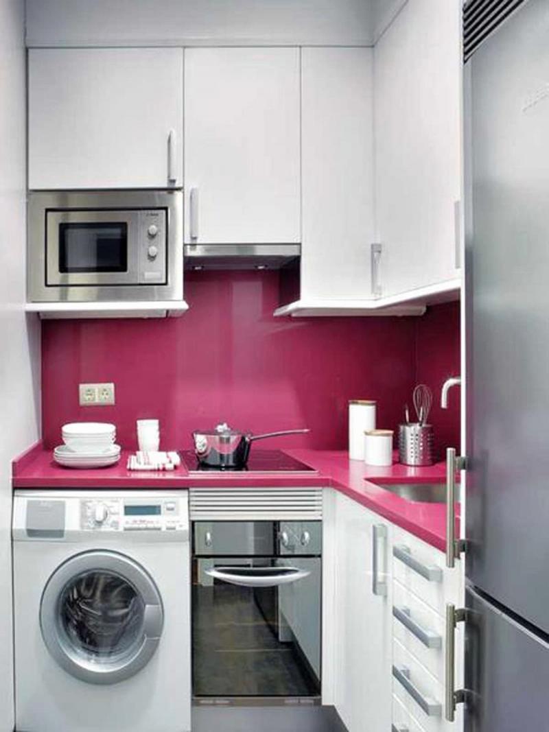 Угловая маленькая кухня 5