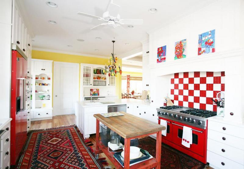Эклектичная угловая кухня 2