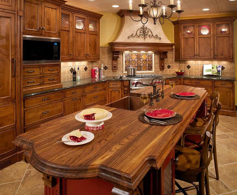 Классический угловой кухонный гарнитур 1