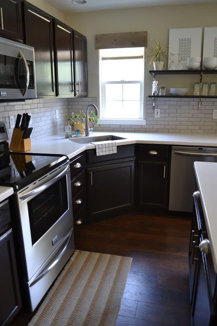 Кухня с угловой мойкой 2