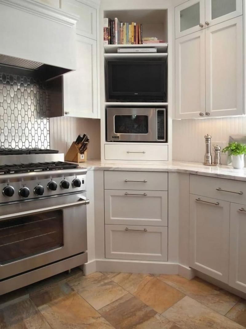 Кухня с угловым буфетом 6