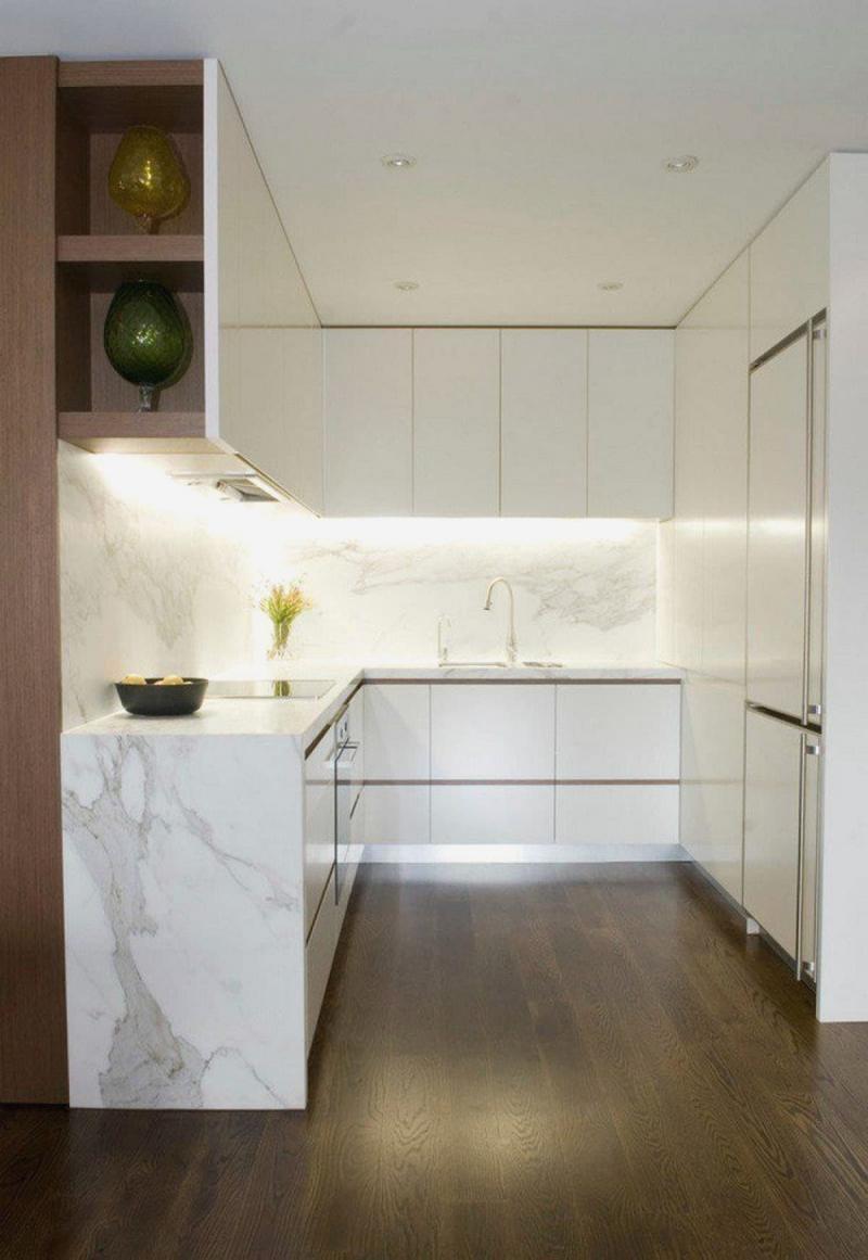 Белая кухня 6 кв. м 3