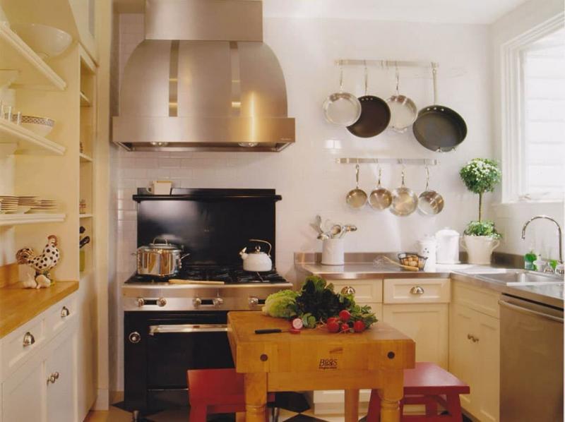 Бежевая кухня 6 кв. м 3