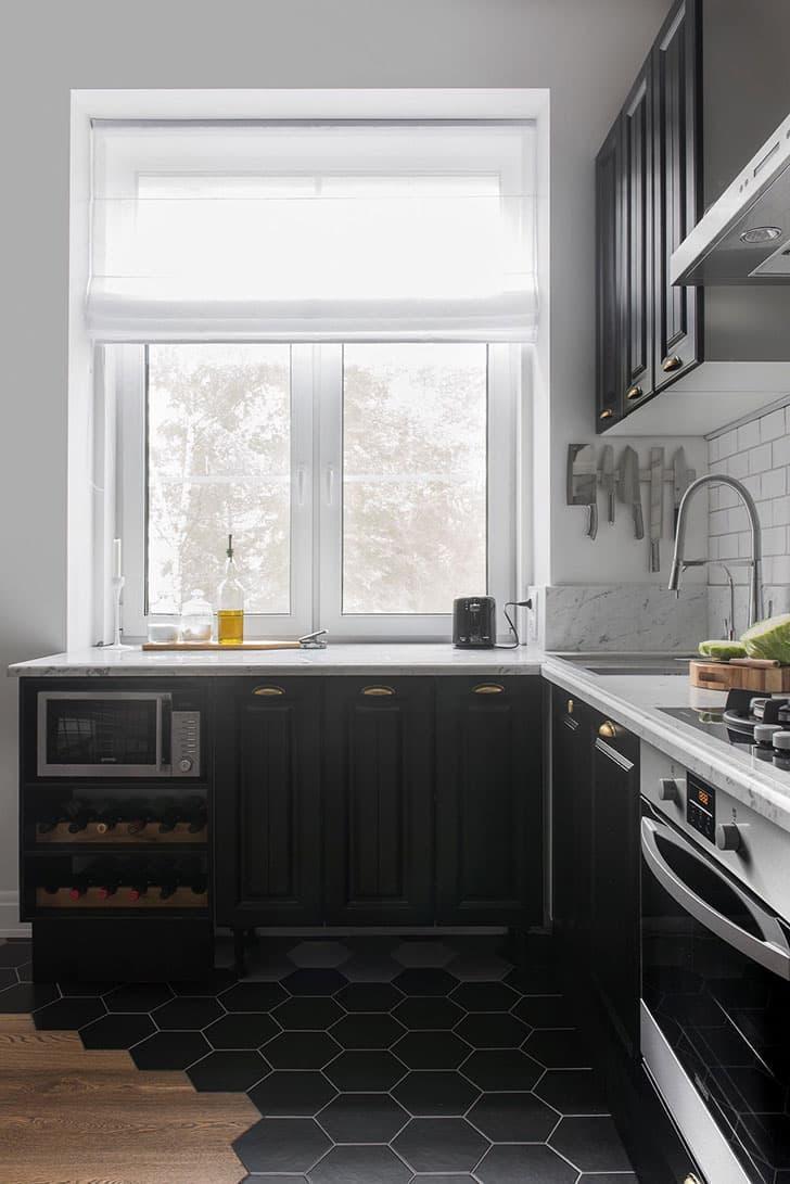 Черная кухня 6 кв. м 2