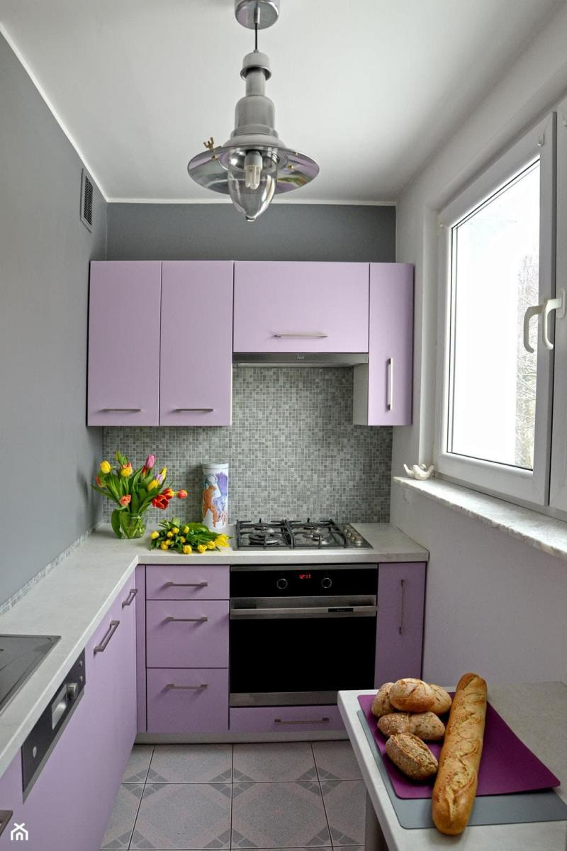 Филетовая кухня 6 кв.м 1