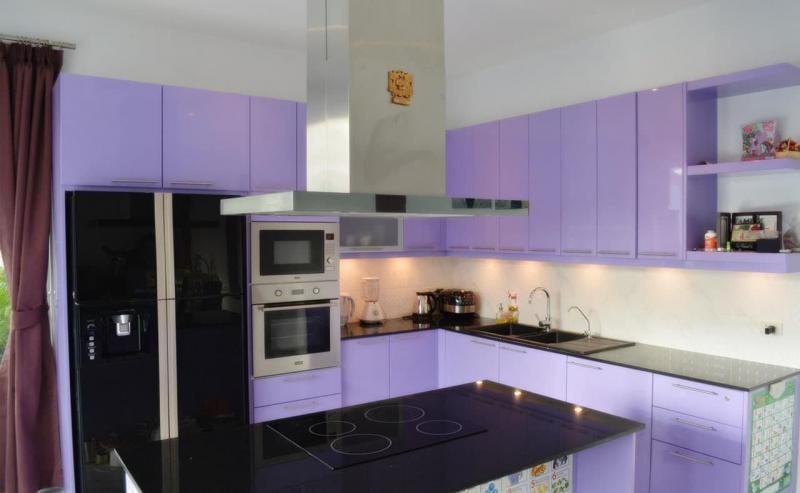 Филетовая кухня 6 кв.м 3