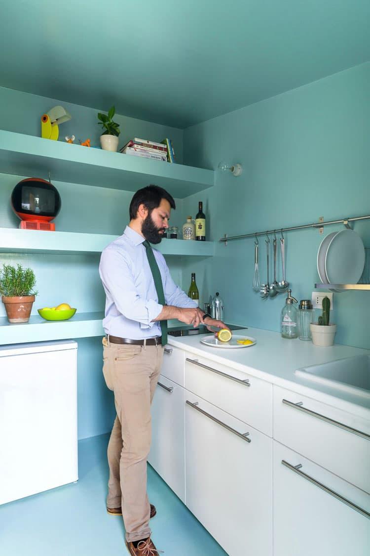Голубая кухня 6 кв. м 2
