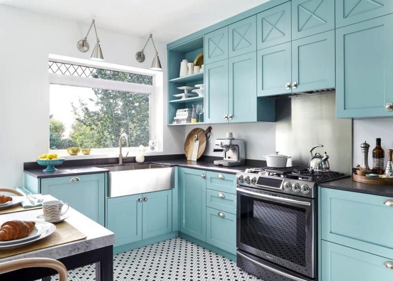 Голубая кухня 6 кв. м 6