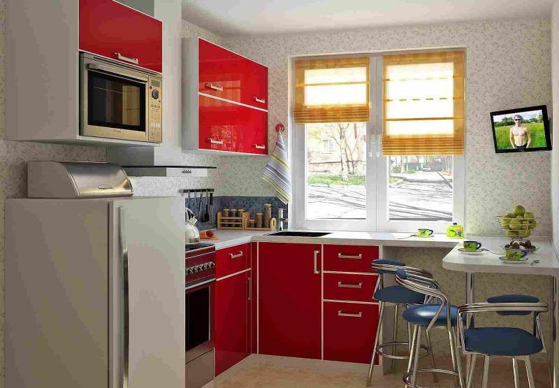 Красная кухня 6 кв.м 1