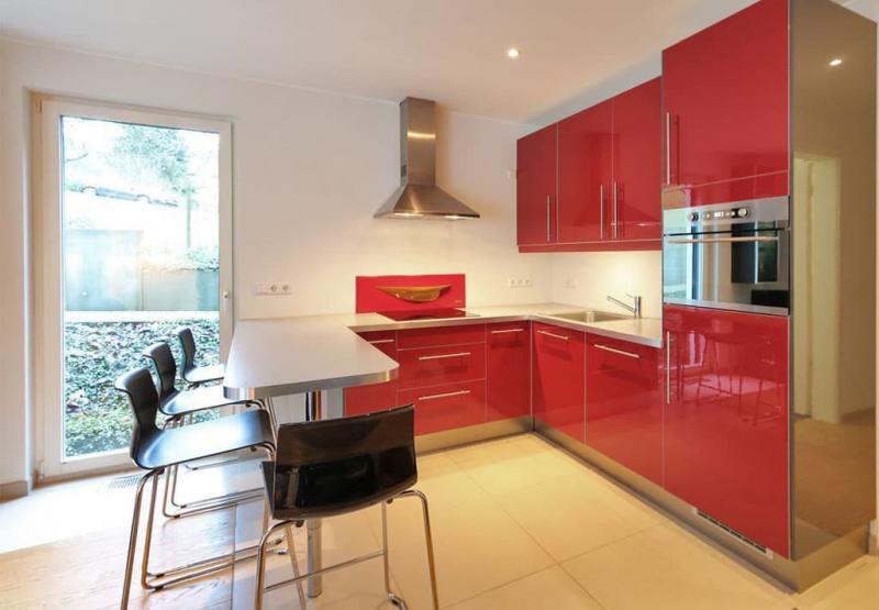 Красная кухня 6 кв.м 4