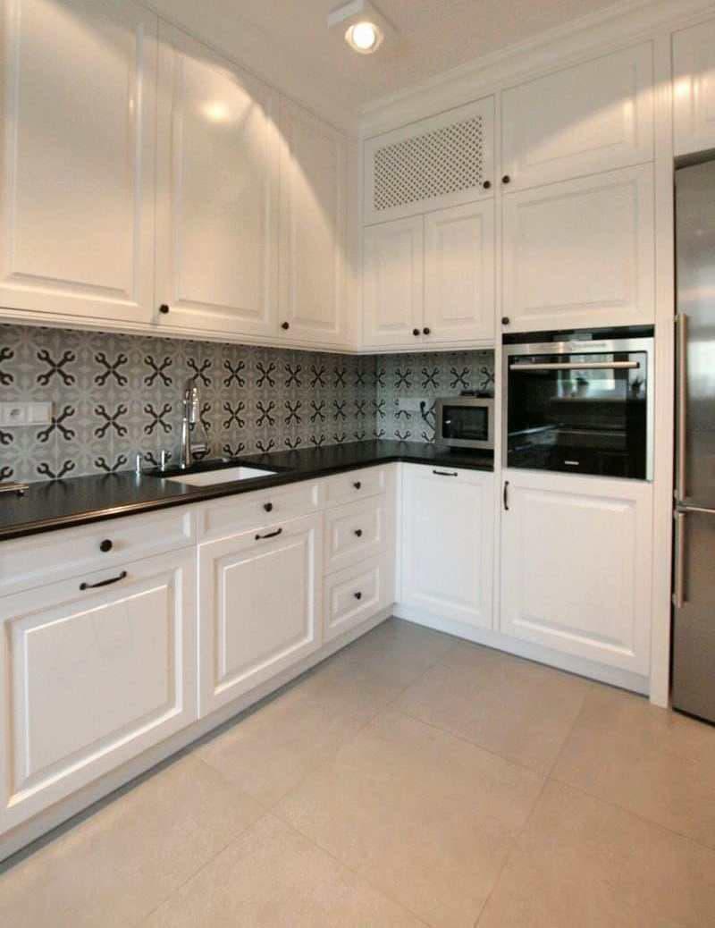 Кухня 6 кв. м в стиле классическом 6