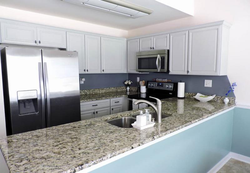 П-планировка в кухн 6 кв.м 1