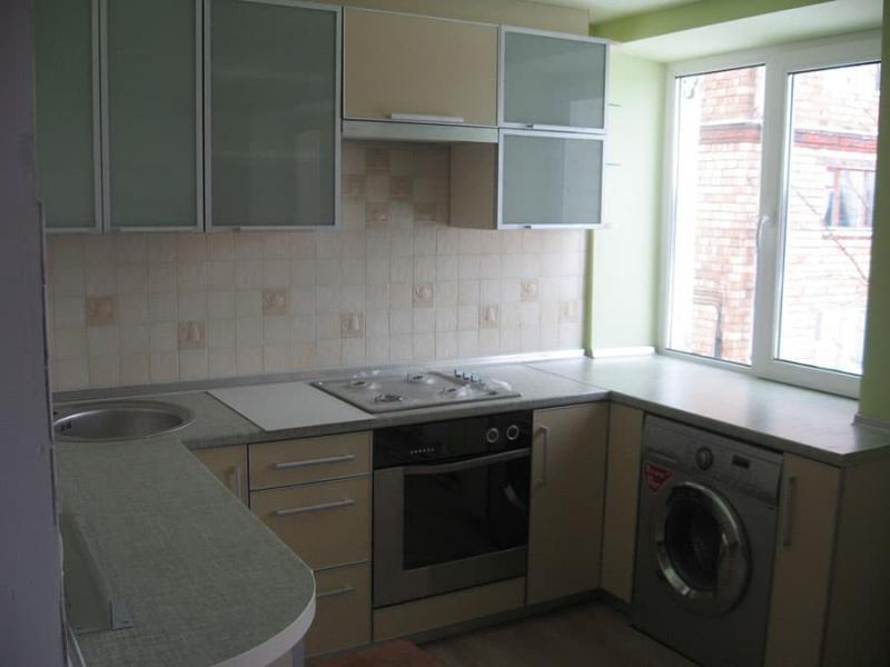 П-планировка в кухн 6 кв.м 3