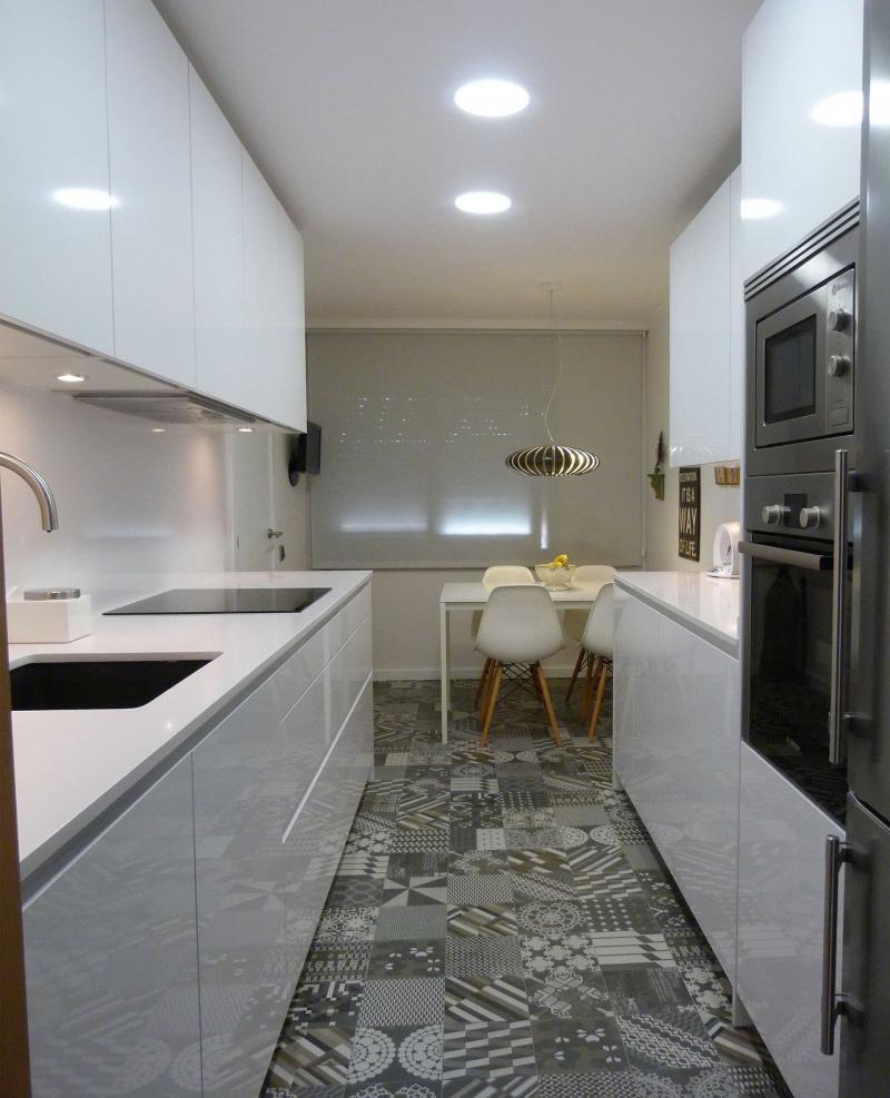 Параллельная планировка кухни 6 кв.м. 4