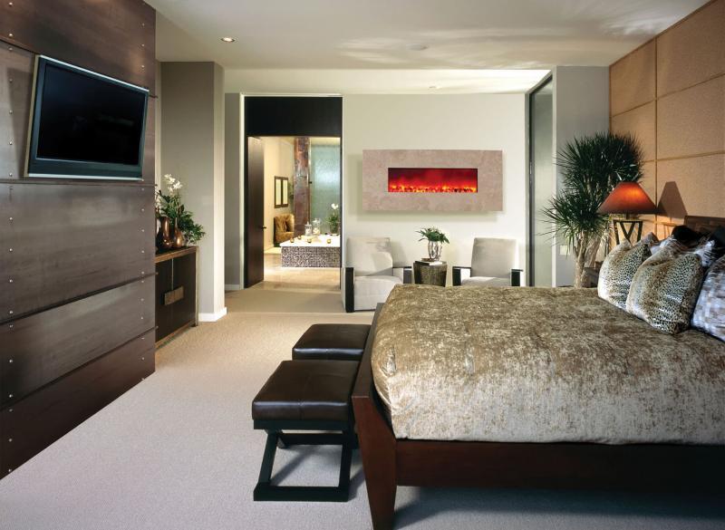 Спальня 18 кв. м с камином 1