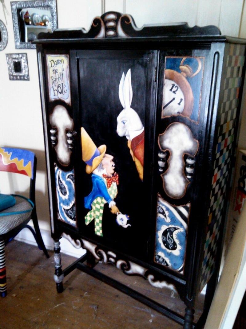 Детская мебель по мотивам Алисы в Стране Чудес 7