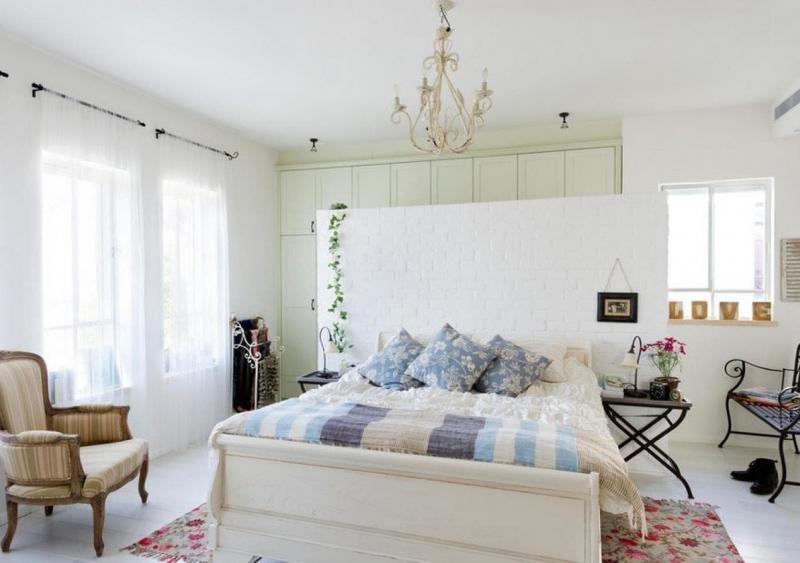Люстра для спальни в стиле прованс 2