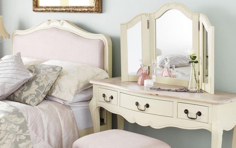 Зеркало для спальни в стиле прованс 3