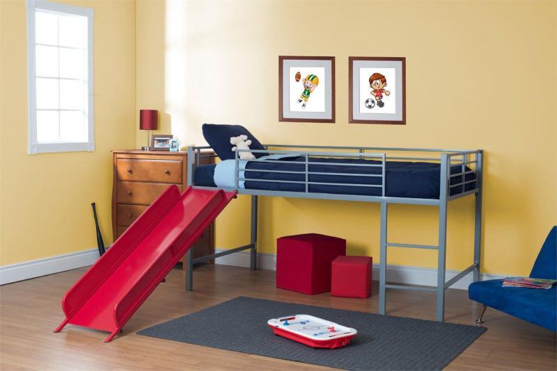 Достоинства и недостатки кровати-чердака 9
